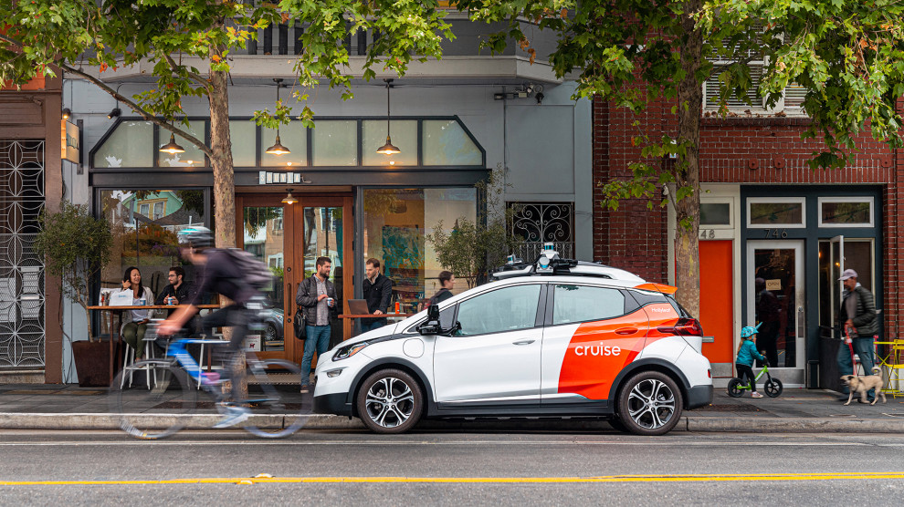 Cruise can now transport passengers in self-driving cars in CA